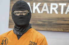 Pakai Narkoba Sejak Lulus SMA, Dwi Sasono Terlibat Jaringan Pengedar? - JPNN.com
