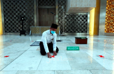 Beginilah Nasib Seorang Pria yang Berbuat Terlarang di Masjid Muhsinin - JPNN.com