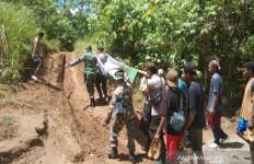 Tambang Emas Tradisional di Gunung Putri Longsor, 6 Orang Tewas, 4 Luka-luka - JPNN.com
