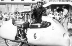 Berita Duka, Legenda MotoGP Meninggal Dunia, Simak Perjalanan Kariernya - JPNN.com