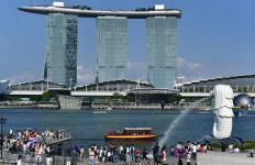 Covid-19 Mengganas Lagi, Singapura Lockdown hingga Juni, Warga Gelagapan Belanja - JPNN.com