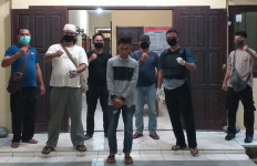 Irwanto Mondar-Mandir Tengah Malam, Bikin Polisi Curiga Lantas Disergap, Oh Ternyata - JPNN.com