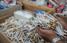 Ini Strategi Bea Cukai Tekan Peredaran Rokok Ilegal di Berbagai Daerah - JPNN.com