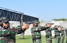 Letkol Mar Andi Ichsan Juga Siapkan Pistol, Selanjutnya Bidik ke Sasaran, Dor…Dor! - JPNN.com