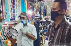 Jadi Klaster Corona, Pasar Cileungsi Sepi, Pedagang Usir Petugas Medis - JPNN.com