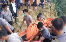 Dua Penambang Emas Tanpa Izin Tewas Mengenaskan di Dalam Lubang Tambang - JPNN.com