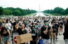 Peringatan Pakar Penyakit Menular untuk Para Demonstran di AS, Jangan Remehkan! - JPNN.com