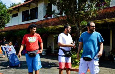 Orang Arab Mulai Serbu Vila di Cipanas Puncak - JPNN.com