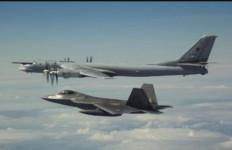 Panas! Jet Tempur AS Sergap Bomber Rusia Berkemampuan Nuklir - JPNN.com