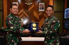 KSAL dan Jenderal Andika Perkasa Bahas Peningkatan Kekuatan Tempur Prajurit TNI - JPNN.com
