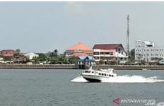 Speedboat Polda Riau Tenggelam, Satu Anggota Belum Ditemukan - JPNN.com