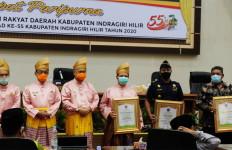 Bea Cukai Tembilahan Terima Piagam Penghargaan Penanganan COVID-19 - JPNN.com