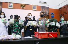 Sinergi Bea Cukai, TNI dan BNN Gagalkan Penyelundupan 30 Kg Sabu-sabu di Dumai - JPNN.com