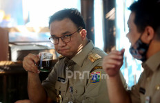 Bang Neta IPW Curiga Ada yang Sengaja Adu Domba Anies untuk Menggulingkan Pemerintahan Jokowi - JPNN.com
