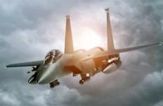 Jet Tempur Supersonik AS Hancur Berantakan, Pilot Tewas - JPNN.com