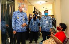 PPDB Jateng Selesai, Pak Ganjar Terkejut Lihat Datanya - JPNN.com