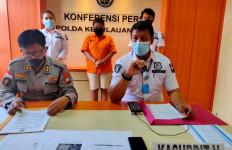 Perempuan Inisial UN Mengaku Kecewa dengan Presiden Jokowi - JPNN.com