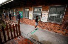 Afrika Selatan Dipastikan Tak Mendapat Vaksin COVID-19 Bulan Ini - JPNN.com