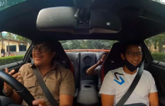 Andre dan Sandiaga Lewat di Depan Rumah Prabowo, Lalu Berteriak Kencang Sambil Tertawa - JPNN.com
