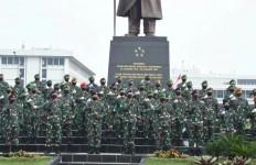 Selamat! 83 Perwira Tinggi TNI Naik Pangkat, Berikut Daftarnya - JPNN.com