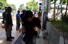 Pelanggar Protokol Kesehatan di Surabaya Dihukum Joget - JPNN.com