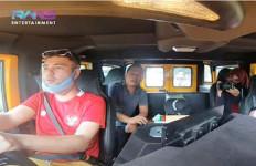Raffi Ahmad Kepincut Hummer H1, Harganya Bikin Melongo - JPNN.com