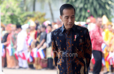 Pak Jokowi Ditanya nih, Berani Enggak Copot Pak Luhut, Terawan hingga Sri Mulyani? - JPNN.com