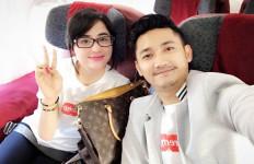 Dewi Perssik Nyaris Diselingkuhi Suami - JPNN.com
