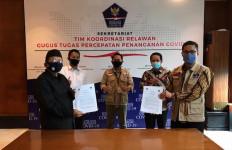 Relawan Gugus Tugas Covid-19 dan DPP IKA PMII Bekerja Sama Bangkitkan Perekonomian Warga - JPNN.com