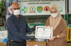 Sumbangkan Ventilator dan APD, Sampoerna Diapresiasi Bupati Karawang - JPNN.com