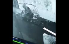 Viral Tukang Bakso Ludahi Mangkok Sebelum Dihidangkan ke Pelanggan - JPNN.com