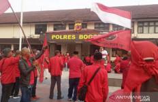 Korlap FPI dan PA 212 Sudah Diperiksa Polisi Soal Pembakaran Bendera PDIP - JPNN.com