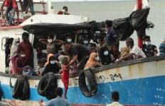 Uni Eropa: Penyelamatan Pengungsi Rohingya Bukti Kemurahan Hati Pemerintah Indonesia - JPNN.com