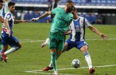 Lihat Sentuhan Ajaib Benzema Kepada Casemiro, Gol, Real Madrid Pimpin Klasemen - JPNN.com