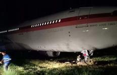 Gagal Take-Off, Pesawat Garuda Indonesia Keluar Landasan di Bandara Sultan Hasanudin - JPNN.com