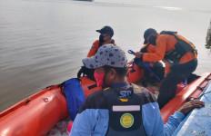 Wanita Ini Tewas Tenggelam saat Mengambil Ember Penampung Ikan - JPNN.com