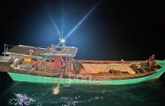 Siaga Berani Setia! Bea Cukai Gulung Penyelundup Pasir Timah di Perairan Natuna - JPNN.com