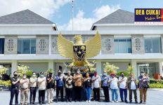 Bea Cukai Jayapura Fasilitasi Repatriasi 48 WNI dan Staf KJRI dari Papua Nugini - JPNN.com