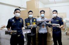 2 Pria & 1 Wanita Pelaku Tindakan Terlarang Terjaring Operasi Bea Cukai dan Kodam Bukit Barisan - JPNN.com