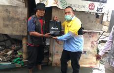 Dahana Bantu Nelayan Muara Angke Terdampak Covid-19 - JPNN.com