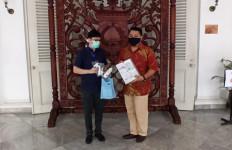 BerryC Active Sanitizer Water Dikirim Puluhan Liter ke Balai Kota - JPNN.com