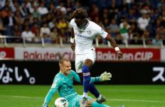 Barca dan AC Milan Sama-Sama Incar Kiper Muda Asal Brasil Ini - JPNN.com