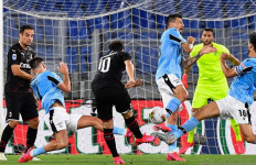 Lazio Vs Milan Berakhir Dramatis, Ronaldo Ngotot, Buffon Ukir Rekor - JPNN.com