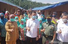 Alhamdulillah, Korban Longsor-Banjir Bogor Menempati Hunian Sementara - JPNN.com