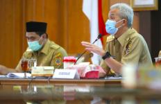 Merapi Mulai Aktif Lagi, Pak Ganjar Langsung Kumpulkan Jajaran di Rapat Khusus - JPNN.com