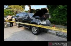 Polisi Dalami Motif Peladakan Mobil di Menteng - JPNN.com