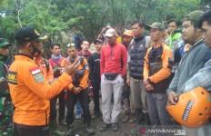 Pendaki yang Hilang di Gunung Guntur Garut Ditemukan Selamat Tanpa Baju - JPNN.com