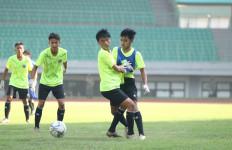 Bima Sakti: Timnas Indonesia U-16 Segera Lakukan Tes Swab Kedua - JPNN.com