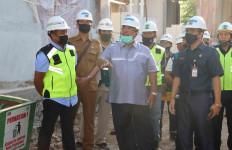 Bupati Buleleng Terus Pantau Proyek Revitalisasi Pasar Banyuasri - JPNN.com