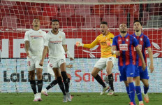 Sevilla Terus Merongrong Posisi Atletico Madrid - JPNN.com